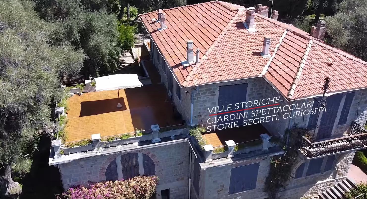 Fotogramma di un video che riprende dall'alto una villa storica di Bordighera